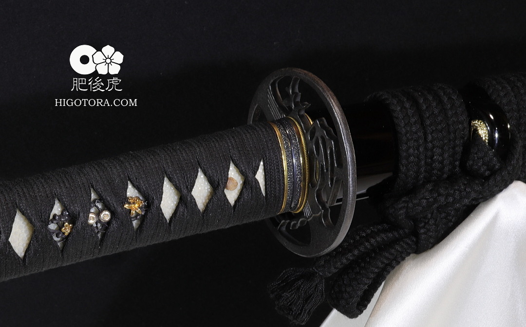 ワンオフ鍛造鍔付き居合刀